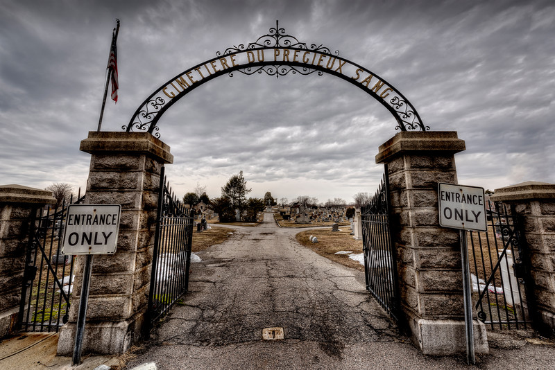 Entrance to Precious Blood Cemetery.jpg