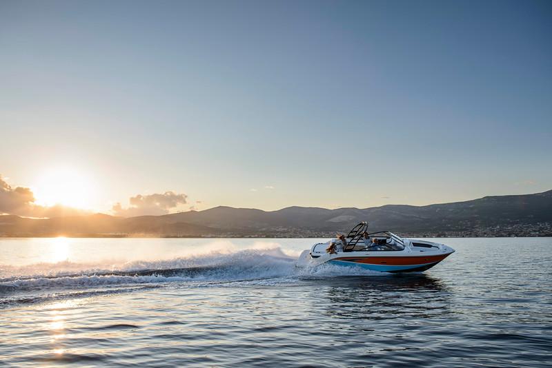 Sea Ray 250 SLX (3).jpg