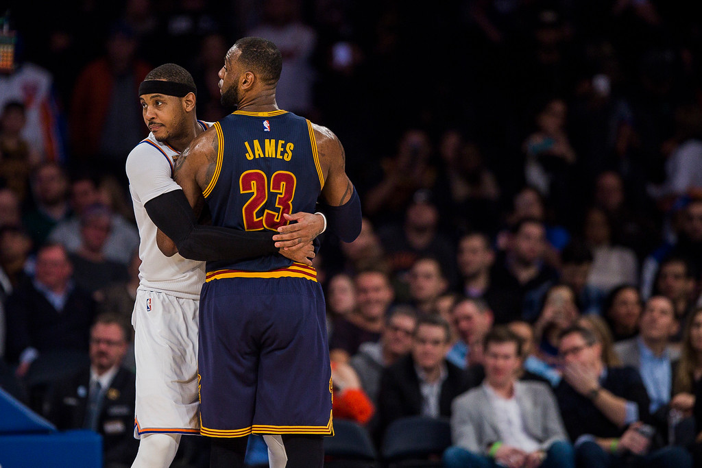 . New York Knicks\' Carmelo Anthony, left. guards Cleveland Cavaliers\' LeBron James during the second half of an NBA basketball game, Saturday, Feb. 4, 2017, in New York. (AP Photo/Andres Kudacki)