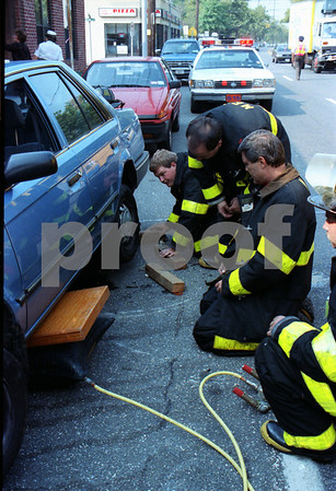 Car Leaking Gas, Franklin Ave