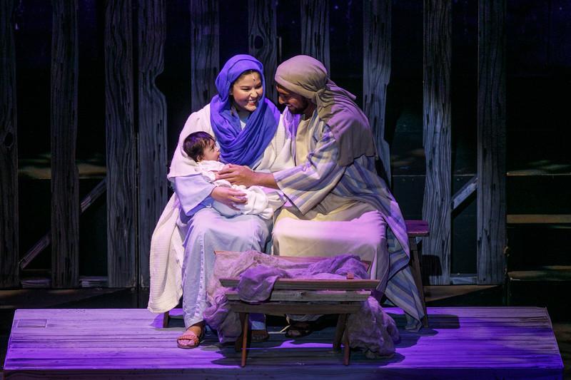3C-Christmas-12-13-2019--277-0458.jpg