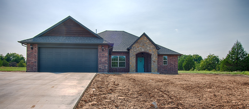 Lilley Signature Homes - 19104 Abigail