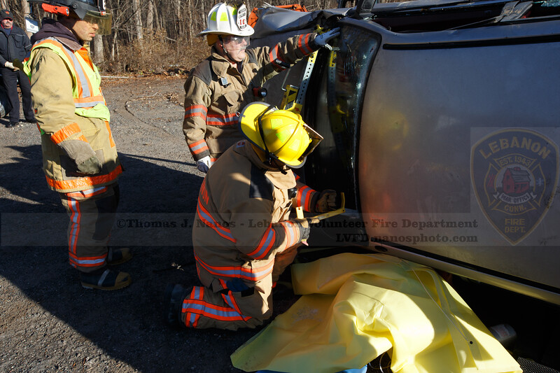 Lebanon Volunteer Fire Department EMT Training/Extrication Drill
