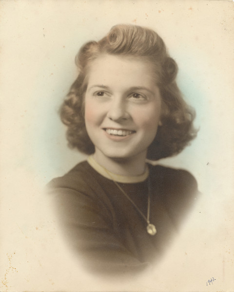 Eileen (Clark) Sullivan 1942.jpg