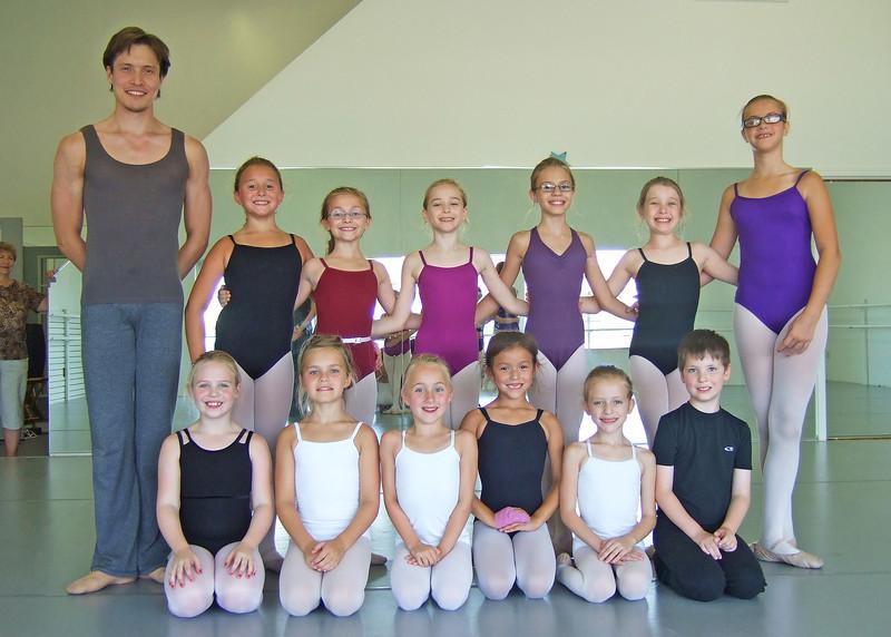 livie_dance_072011_04.jpg