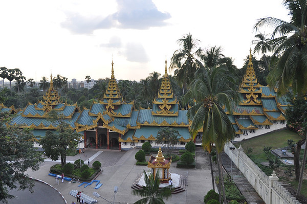 Shwedagon Pagoda Photos