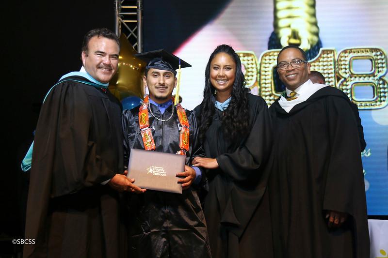 20180615_StudentServGrad-diplomas-105.jpg