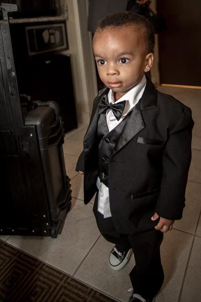 100_groom_ReadyToGoPRODUCTIONS.com_New York_New Jersey_Wedding_Photographer_JENA8845.jpg