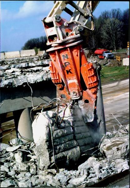 NPK M28G concrete pulverizer on Cat excavator-commercial demolition (Rt. 10) 04-08-98 (8).JPG