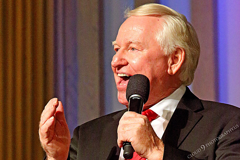 AMER-CMM 00082 Heritage Singers founder and director Max Mace sings praise worship for the Lord by Peter J Mancus.JPG