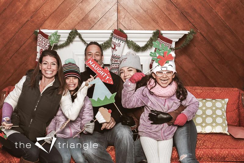 awkward-family-photo-booth-024.jpg