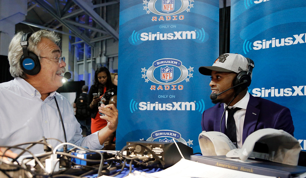 . Cleveland Browns draftee Browns cornerback Denzel Ward, right, on air with SiriusXM host Pat Kirwan Thursday, April 26, 2018 in Arlington, Texas. (Brandon Wade/AP Images for SiriusXM)