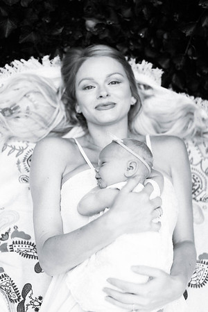 Ellie | Newborn
