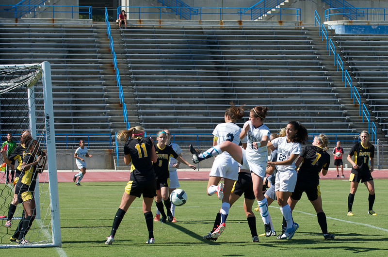 UNF Womens Soccer  5701.jpg