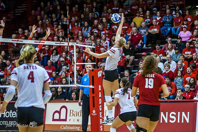 UW Sports - Volleyball - October 30, 2016