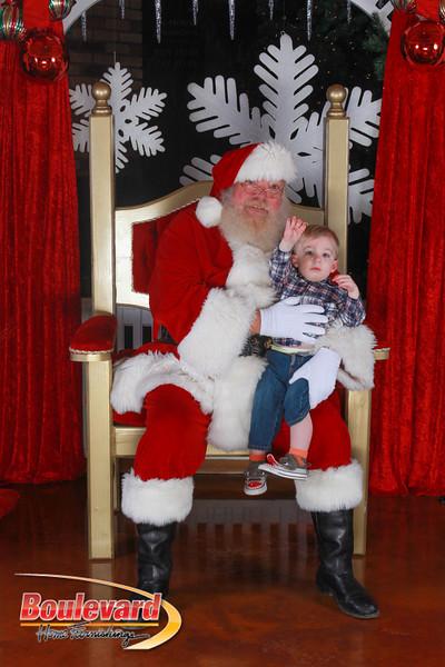 Santa 12-17-16-309.jpg