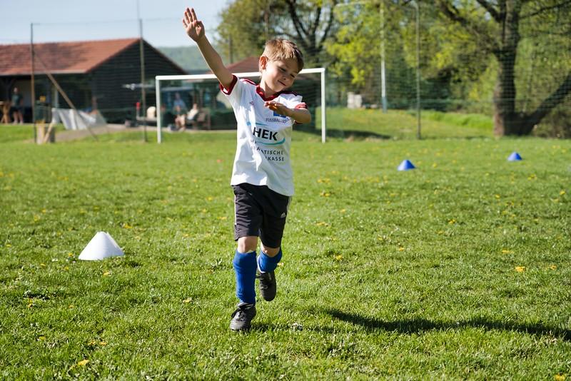 hsv-fussballschule---wochendendcamp-hannm-am-22-und-23042019-u22_32787655167_o.jpg