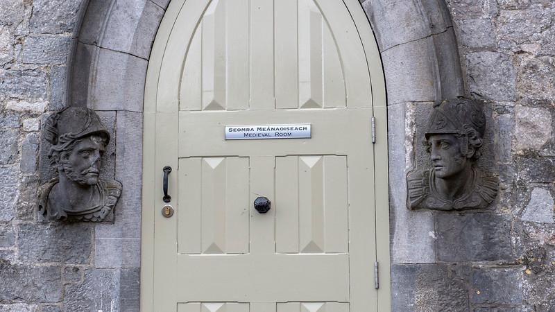 Ireland-Kilkenny-Castle-05.jpg
