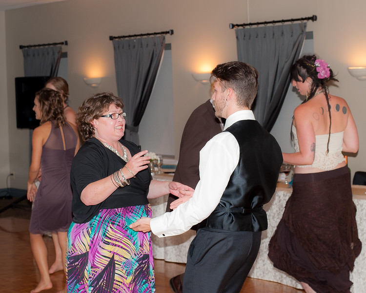 EDITS - Ryan and Lindsey Wedding 2014-353.jpg