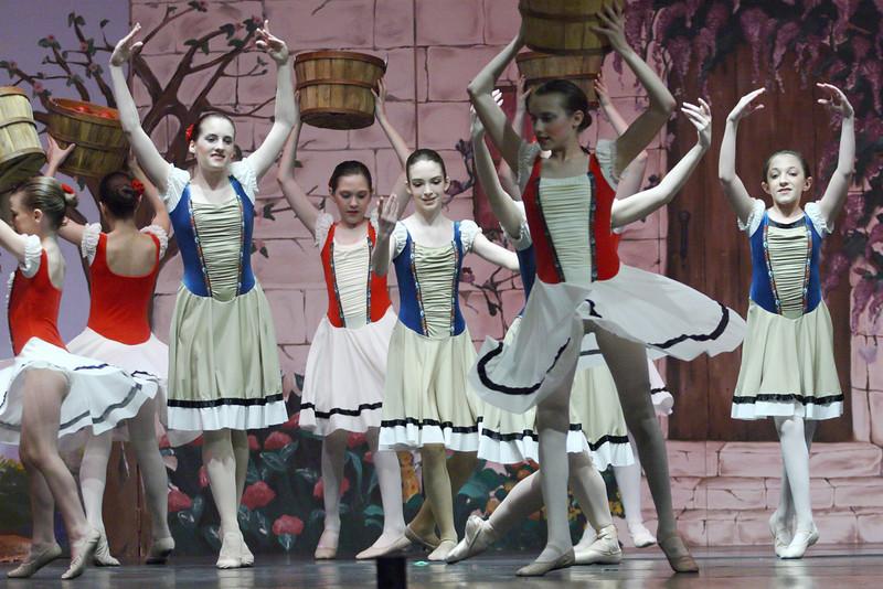 dance_050209_335.jpg
