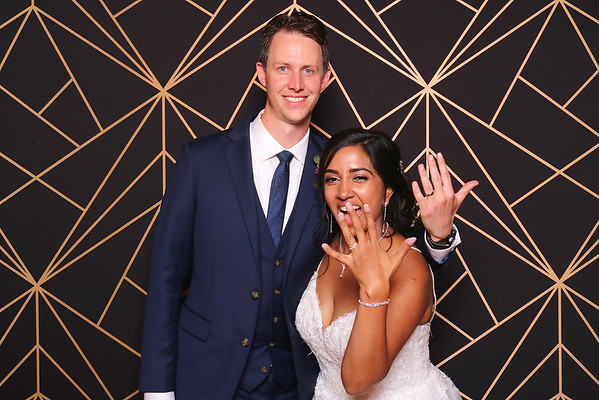 Dinusha & Iain Wedding