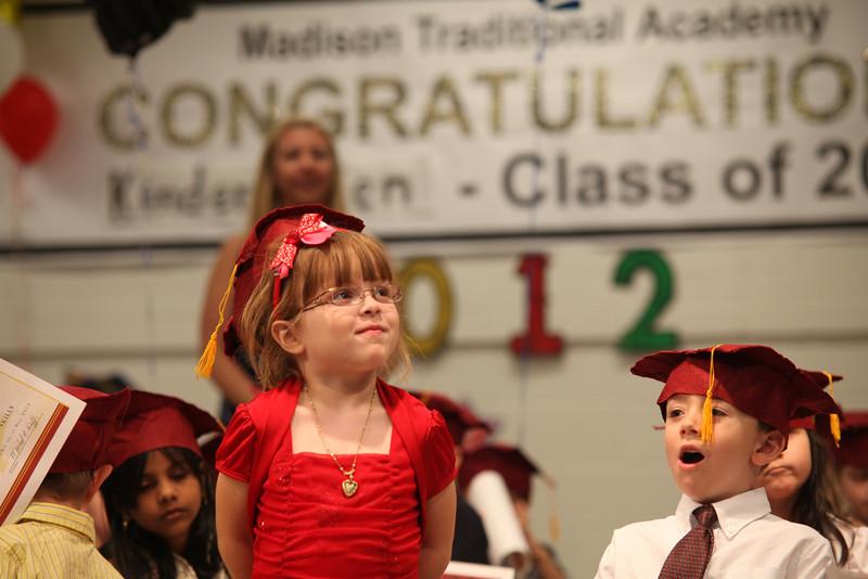 2012May18_MTA Kinder Grad_9758.JPG