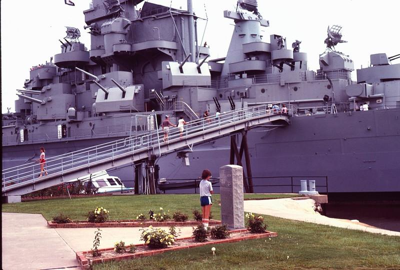 1984 08 USS Alabama 4.jpg