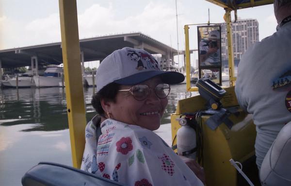 2001 08 - Mom visits Florida