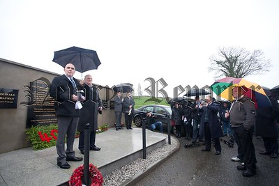 Rev Barry Halliday addresses the crowd at the Kingsmills Memorial. R1601016