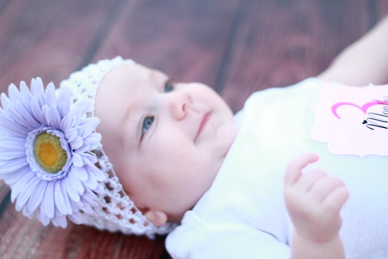 Evie-3 months (136).JPG
