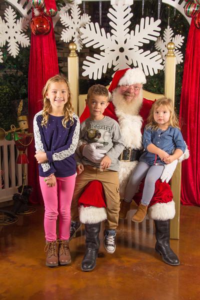Santa 12-16-17-68.jpg
