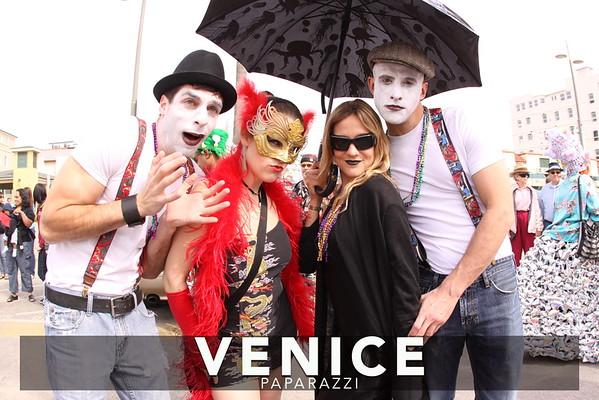2009 Mardis Gras.  Photos by Venice Paparazzi's Edizen