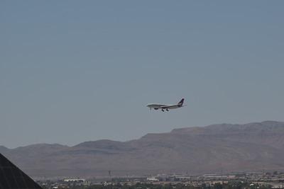 Las Airport 8-19