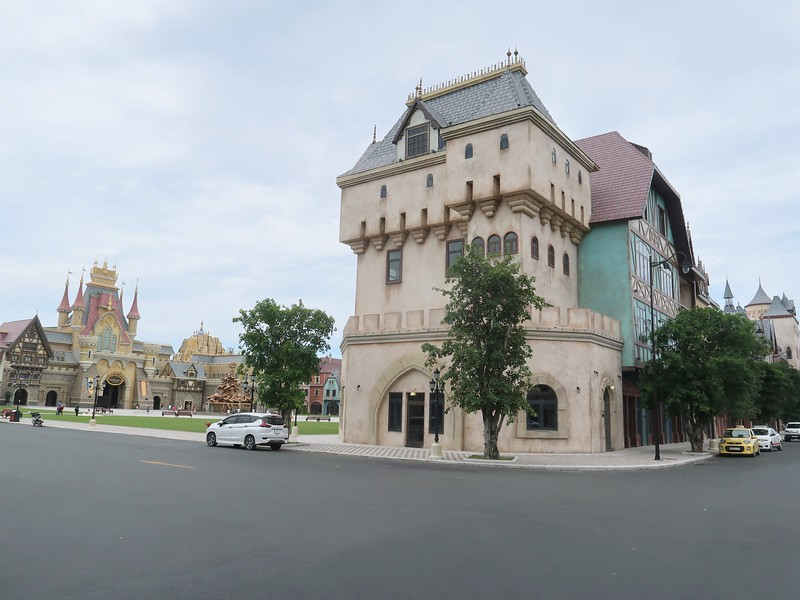 IMG_9591-vinwonders-castle-shop.jpg