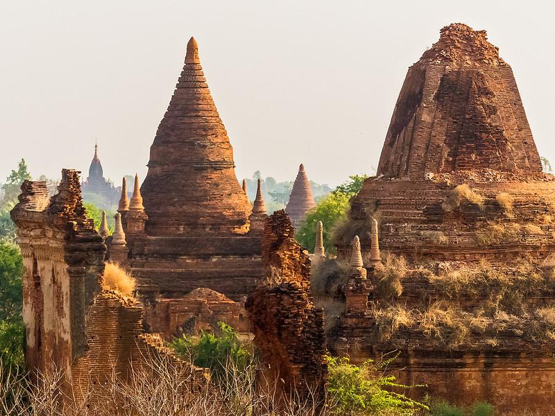 Myanmar Bagan Temples_P1160779.jpg