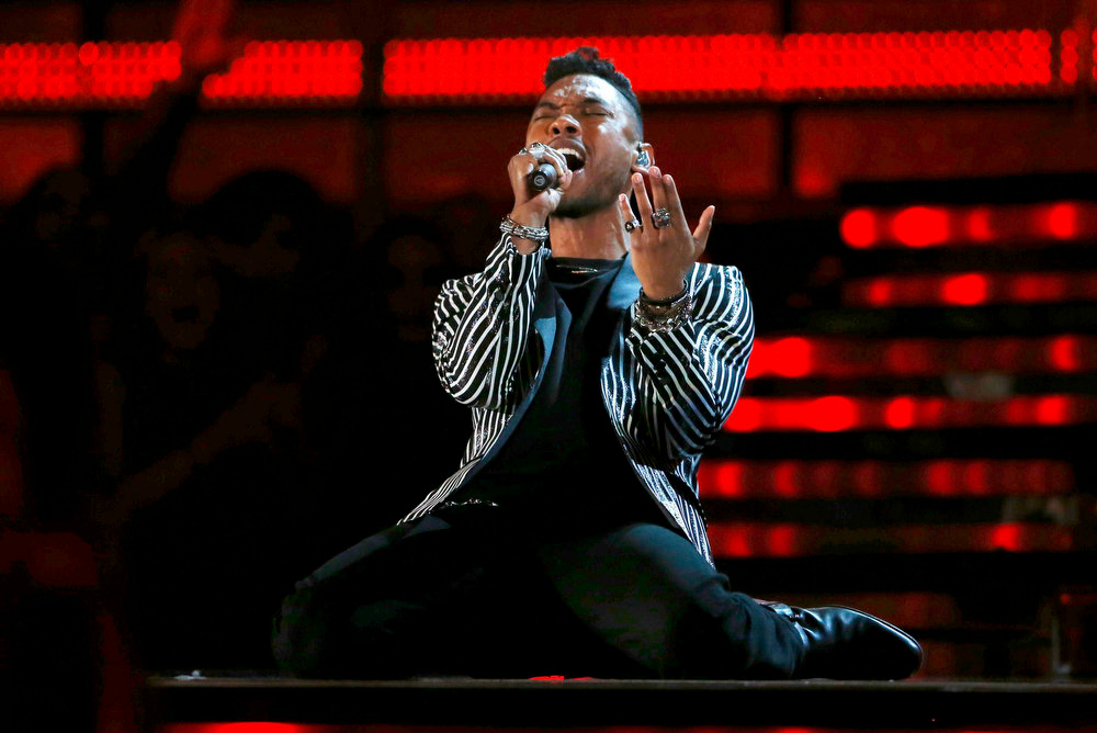 Description of . Miguel performs at the 55th annual Grammy Awards in Los Angeles, California, February 10, 2013.      REUTERS/Mike Blake