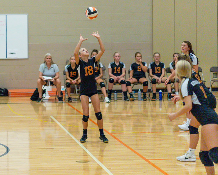 NRMS vs ERMS 8th Grade Volleyball 9.18.19-4988.jpg