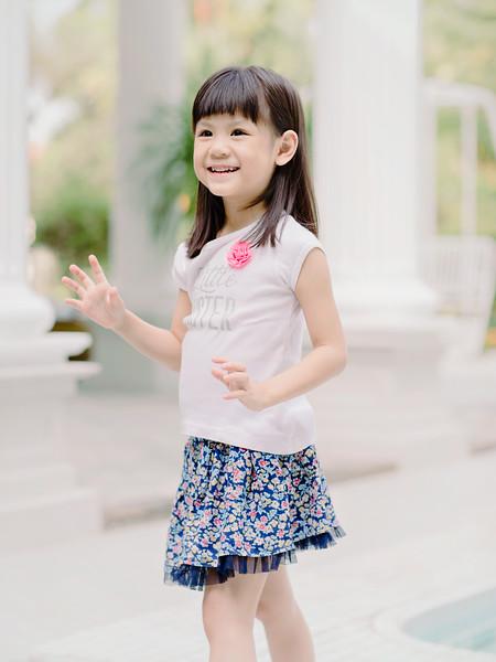 Lovely_Sisters_Family_Portrait_Singapore-4454.JPG