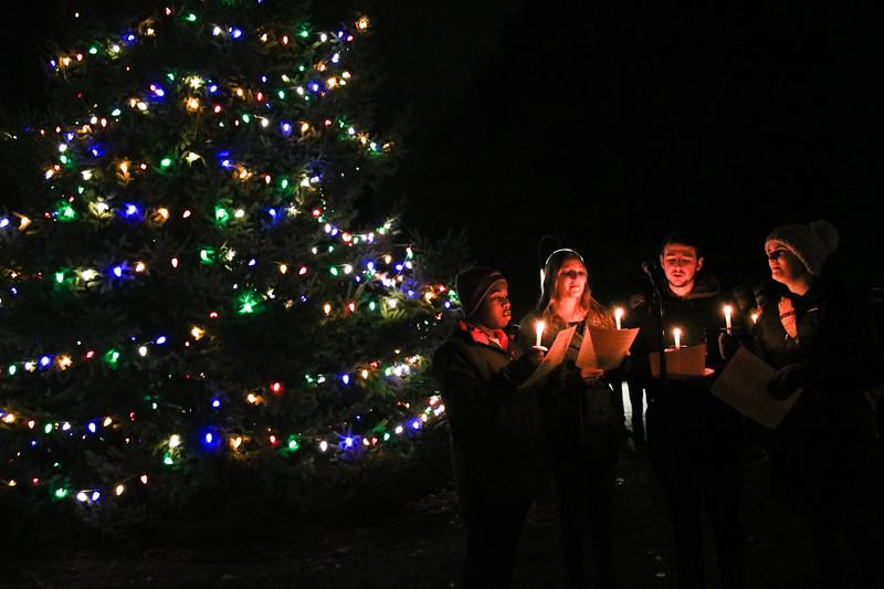 20171203Christmas Tree Lighting4.jpg