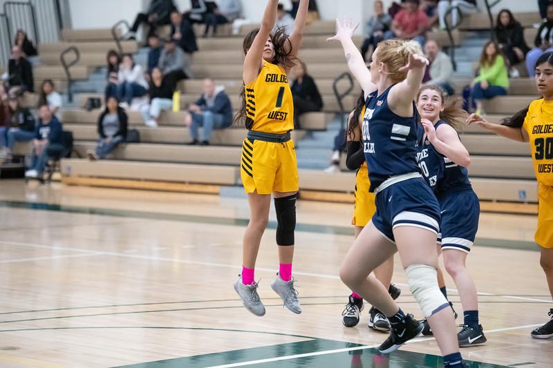 Basketball-W-2020-01-31-7814.jpg