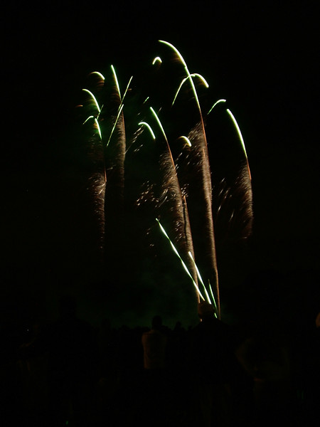 2005_1028tootingfireworks004_edited-1.JPG