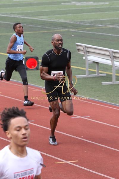 Dev4: Open Men 400m
