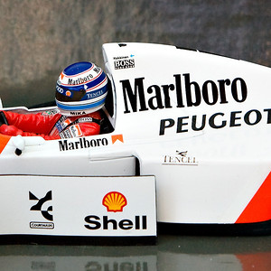1994 #7 Mclaren Peugeot MP4/9 Mika Hakkinen