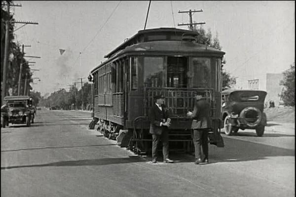 1924, Girl Shy - Trolley Chase