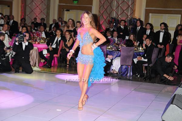 Dancing with the Stars Edyta Sliwinska photo by Rob Rich © 2009 robwayne1@aol.com 516-676-3939