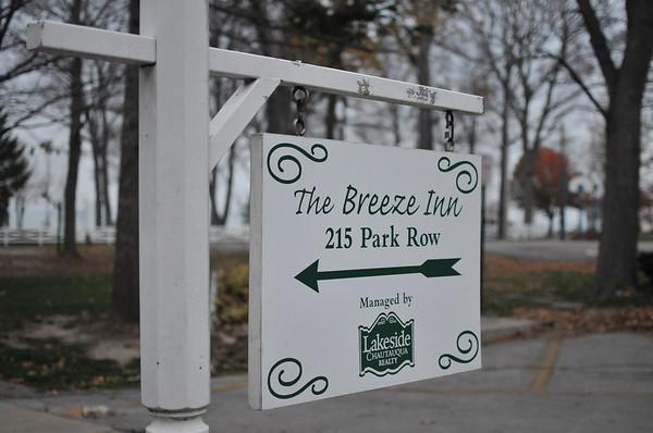 Breeze Inn - Lakeside Ohio