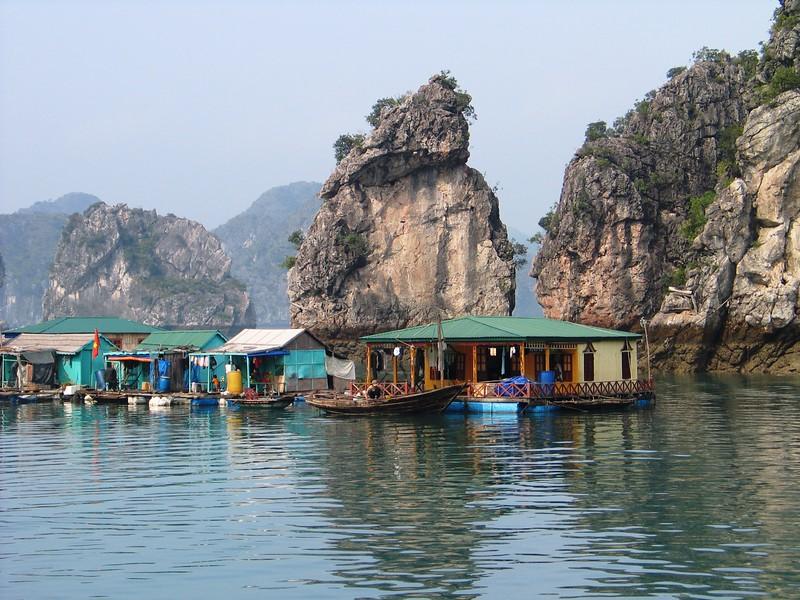 Ha Long Bay (125).jpg