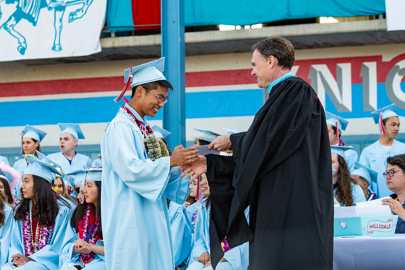 Hillsdale Graduation 2019-10505.jpg