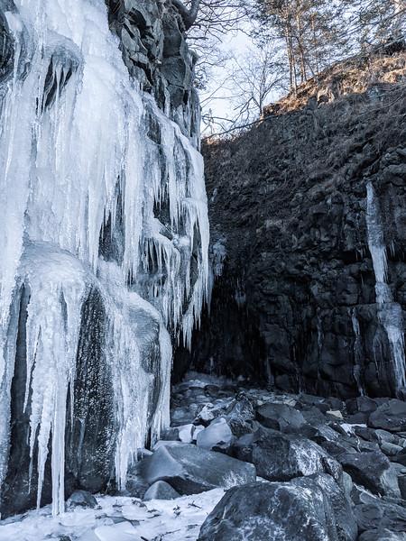 Baxter's Harbour Waterfall-4.JPG