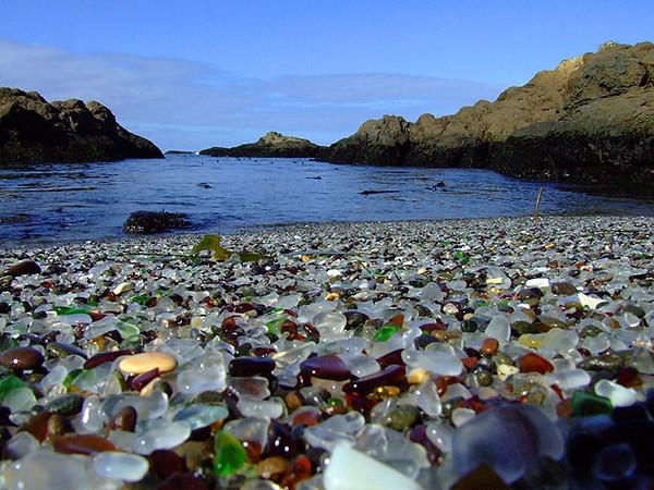 Glass-Beach-Fort-Bragg-California.jpg